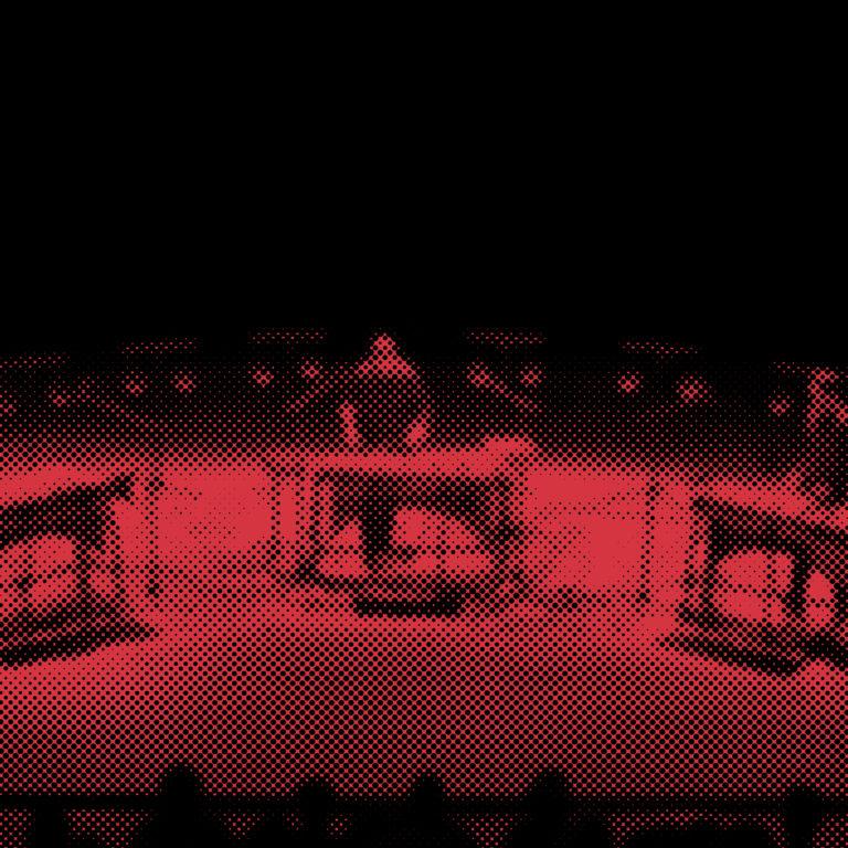 <big><big> REPORTÉ </big></big> <br> <br>ICI L'ONDE<br> <br> CONCERT <br/>Jeudi 26 novembre ● 20h00 <br><em>Open Symmetry</em><br/>de Tristan Perich<br>Ensemble 0 et Eklekto