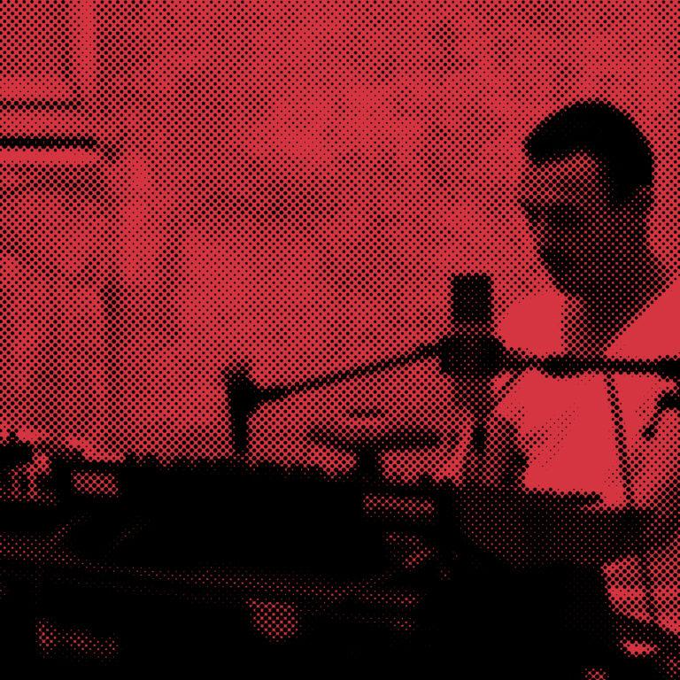 ICI L'ONDE<br> <br> REPAS MUSICAL <br/>Samedi 10 octobre ● 11h00-13h00 <br/> <em>Tours de main</em> <br> Proposition culinaire et sonore <br>des chefs de la Péniche Cancale <br>et de Yoann Piovoso